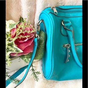 Teal Aeropostale shoulder bag/purse